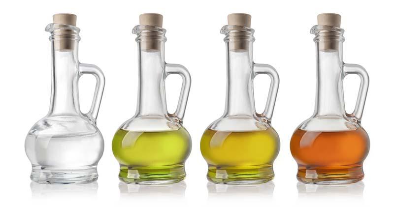 huiles et vinaigres pour ajouter du goût